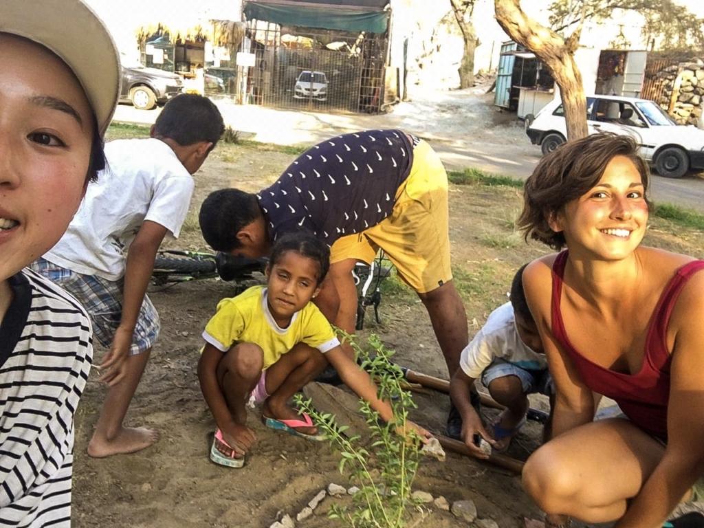 Lavorando con i bambini locali