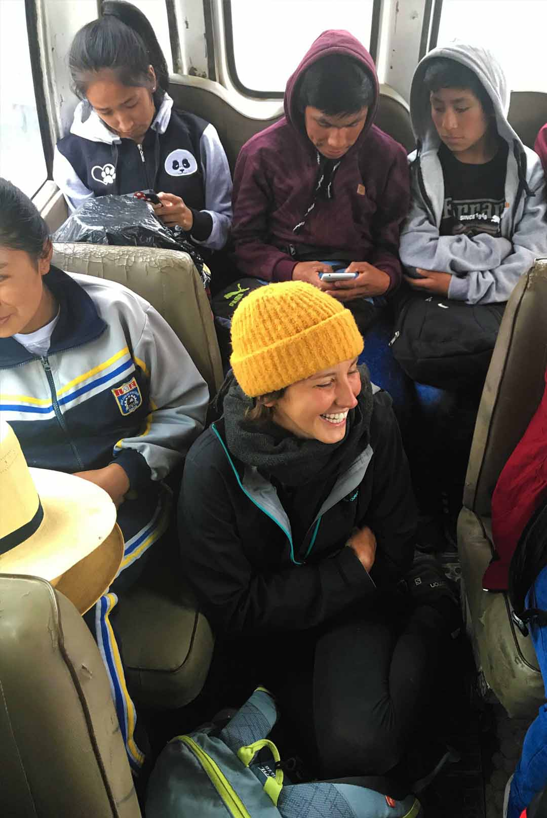 ridendo nel bus